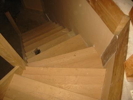 stairsdone1.jpg